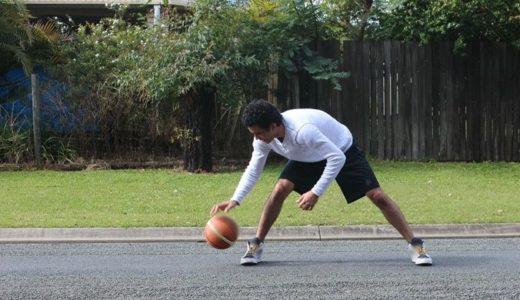 バスケのドリブル!練習は2個のボールで
